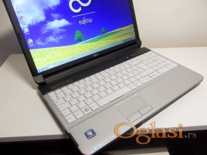 Vrhunski Lifebook A530 i5/4GB/320hdd/HDMi