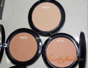 M.A.C STUDIO FIX powder plus foundation  puder u kamenu